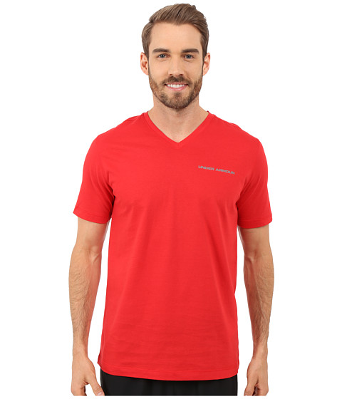 Imbracaminte Barbati Under Armour UA Charged Cottonreg Microthread V-Neck Short Sleeve Tee RedGraphite
