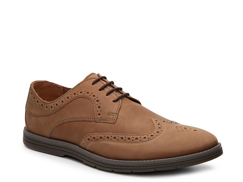 Incaltaminte Barbati Clarks Radwell Wingtip Oxford Tan