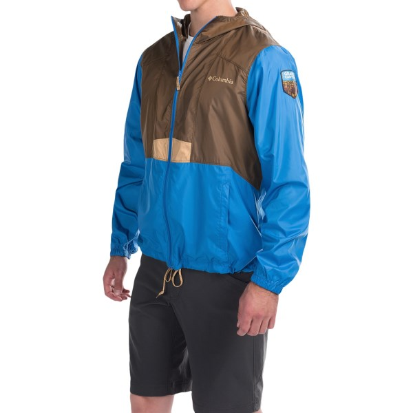 Imbracaminte Barbati Columbia Flashback Windbreaker Jacket - National Park Edition CAMO BROWNPACIFIC BLUE (02)