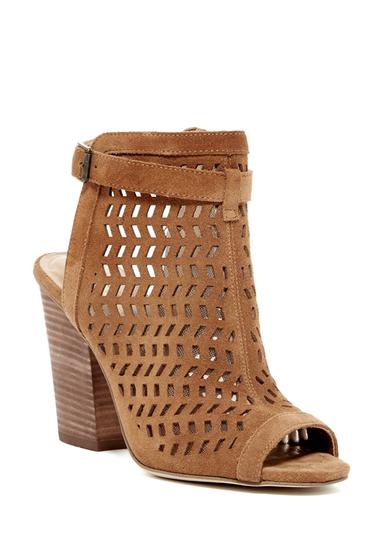 Incaltaminte Femei BCBGeneration Connel Peep Toe Heeled Sandal CAMEL 01
