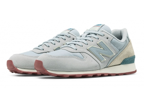 Incaltaminte Femei New Balance 696 New Balance Silver with Off White Blue