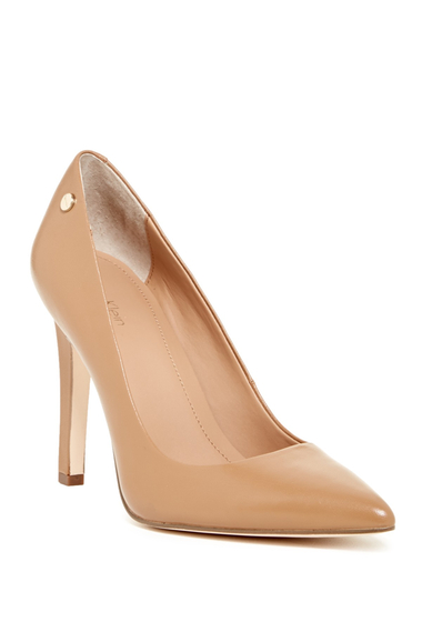 Incaltaminte Femei Calvin Klein Brady Leather Pointed Toe Pump - Wide Width Available CARAMEL