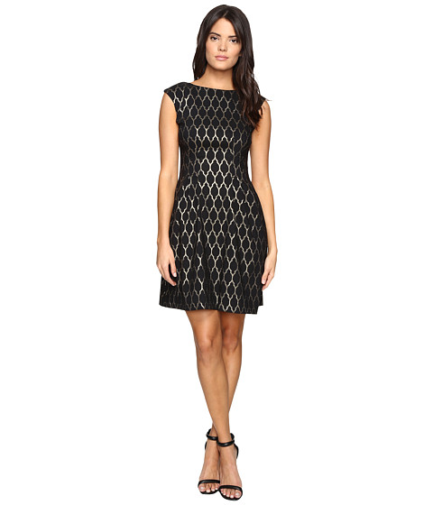Imbracaminte Femei Vince Camuto Extended Cap Fit and Flare Dress BlackGold