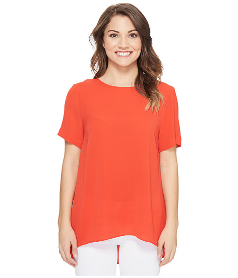 Imbracaminte Femei Vince Camuto Petite Short Sleeve High-Low Hem Textured Blouse Dynamic Red