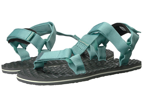 Incaltaminte Femei The North Face Base Camp Switchback Sandal Agate GreenGraphite Grey (Prior Season)