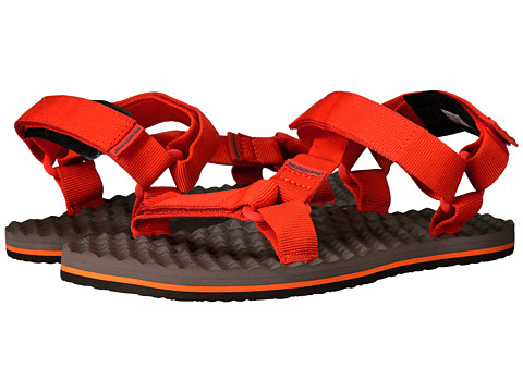 Incaltaminte Barbati The North Face Base Camp Switchback Sandal Falcon BrownTibetan Orange (Prior Season)