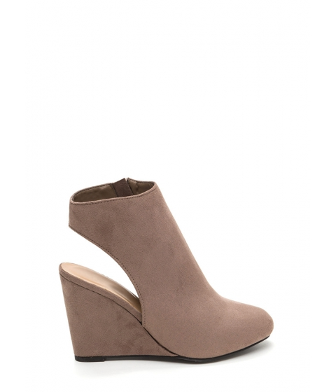 Incaltaminte Femei CheapChic Back At It Again Cut-out Wedges Taupe