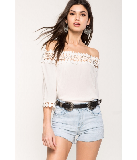 Imbracaminte Femei CheapChic Crochet Bliss Off Shoulder Top White