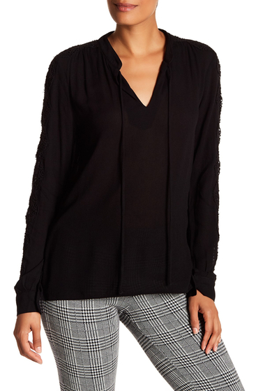 Imbracaminte Femei Bobeau Amelia Split Neck Crochet Sleeve Blouse BLACK