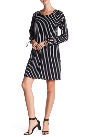Imbracaminte Femei Bobeau Stripe Tie Sleeve Shift Dress BLACK-WHITE STRIPE