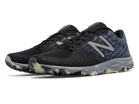 Incaltaminte Barbati New Balance Men's Reflective 690v2 Trail Black with Grey Grey