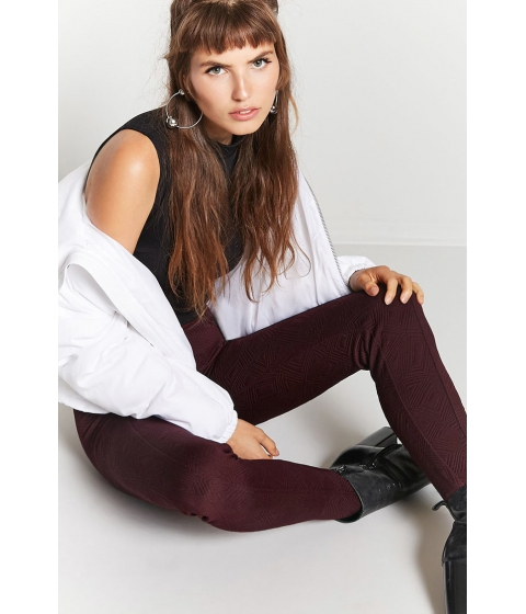 Imbracaminte Femei Forever21 Tonal Geo-Pattern Ponte Knit Pants BURGUNDY