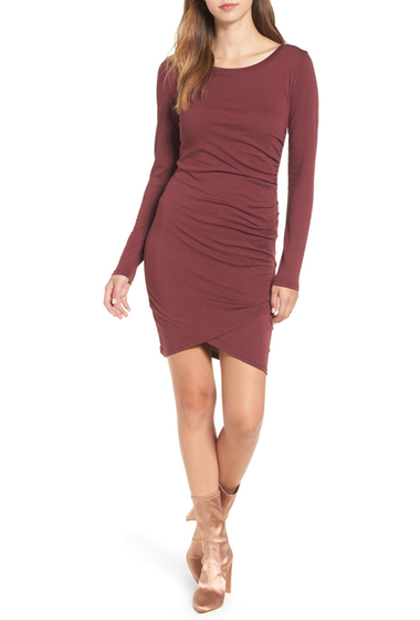 Imbracaminte Femei Leith Ruched Long Sleeve Dress RED TANNIN