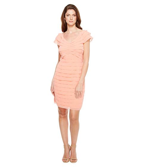 Imbracaminte Femei Adrianna Papell Tiered Chiffon Shutter Tuck Sheath Dress with V-Neckline Beach Coral