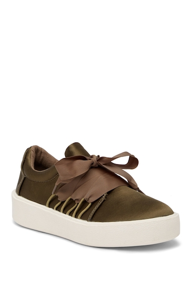Incaltaminte Femei Madden Girl Lanney Lace-Up Sneaker OLV SATIN