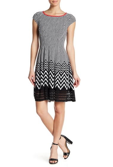 Imbracaminte Femei Robbie Bee Chevron Cap Sleeve Knit Dress BLACKWHIT