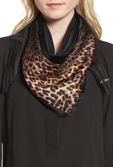 Accesorii Femei Vince Camuto Ombr Leopard Silk Scarf BLACK