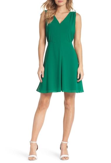Imbracaminte Femei Vince Camuto Souffl V-Neck Chiffon Dress Regular Petite GREEN