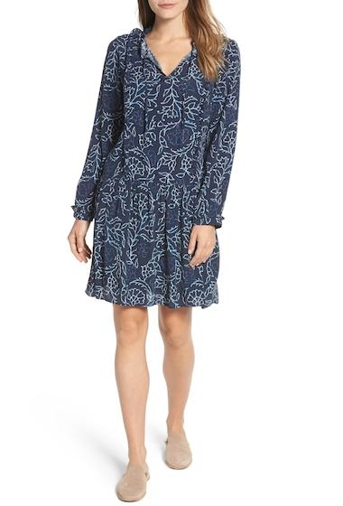 Imbracaminte Femei Caslon Ruffle Split Neck Dress Regular Petite NAVY INDIGO TRAVELER PRT