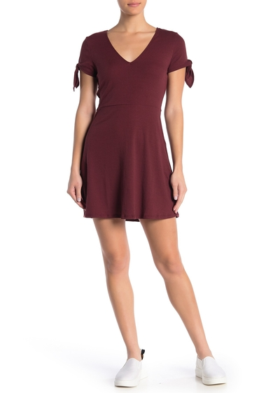 Imbracaminte Femei COTTON ON Sadie Tie Sleeve Fit Flare Dress RED MAHOGANY
