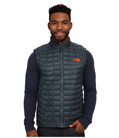 Imbracaminte Barbati The North Face ThermoBalltrade Vest Conquer Blue