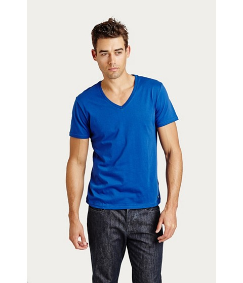 Imbracaminte Barbati GUESS Qualified V-Neck Tee crisp blue