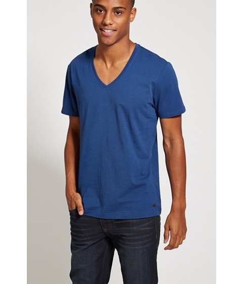 Imbracaminte Barbati GUESS Qualified V-Neck Tee blue