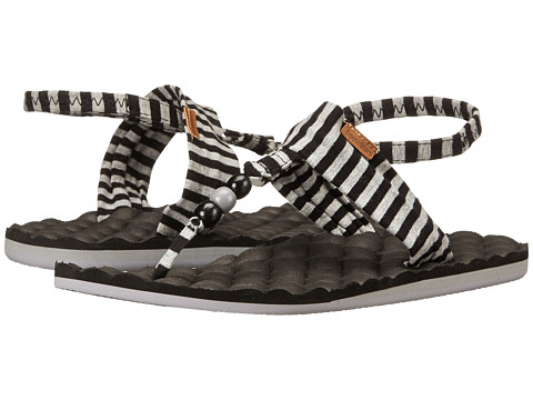 Incaltaminte Femei Freewaters Riviera Print BlackGrey Stripe
