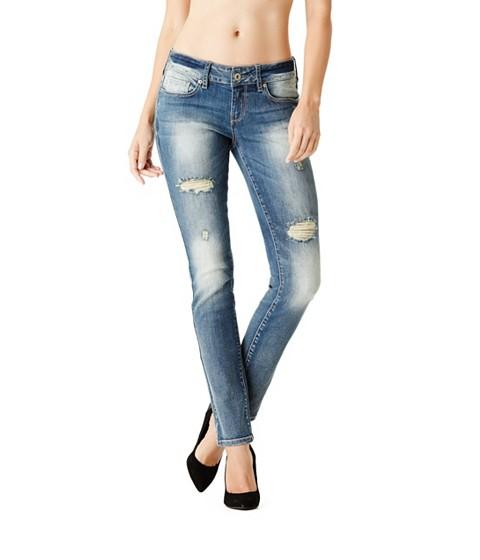 Imbracaminte Femei GUESS Sarah Skinny Jeans in Medium Vintage Wash medium destroy wash