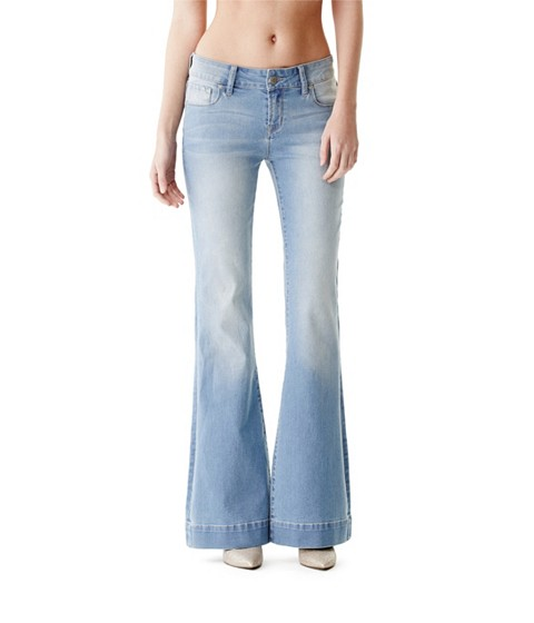 Imbracaminte Femei GUESS Sonia Flare Jeans light wash