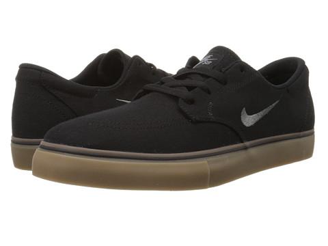 Incaltaminte Barbati Nike Clutch BlackDark GreyGum