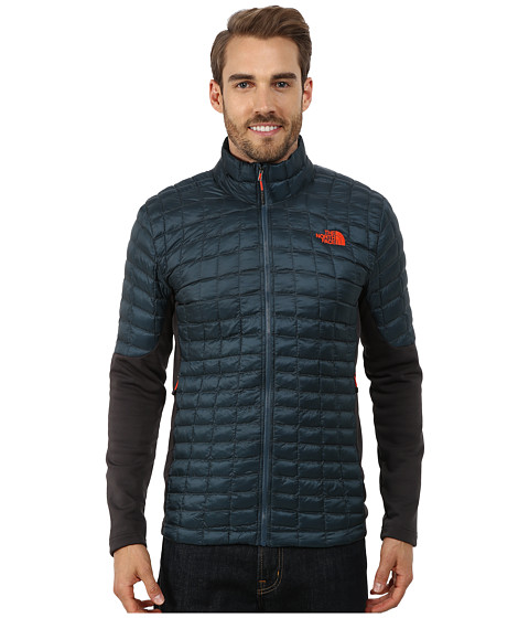 Imbracaminte Barbati The North Face Momentum ThermoBalltrade Hybrid Jacket Conquer BlueAsphalt Grey