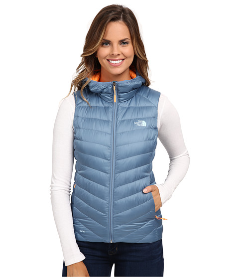 Imbracaminte Femei The North Face Tonnerro Hooded Vest Cool Blue