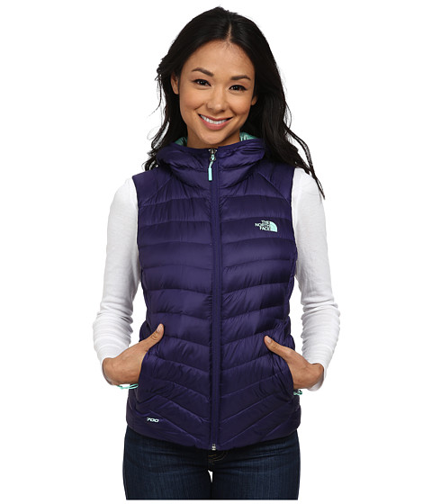 Imbracaminte Femei The North Face Tonnerro Hooded Vest Garnet Purple