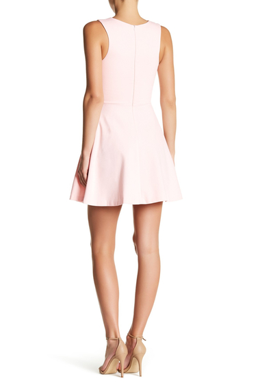 Imbracaminte Femei LOVEAdy Scalloped V-Neck Mini Fit Flare Dress BLUSH