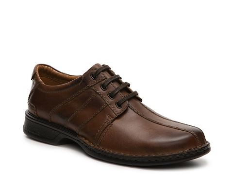 Incaltaminte Barbati Clarks Touareg Vibe Oxford Brown