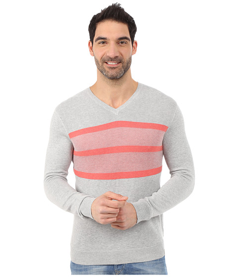 Imbracaminte Barbati Calvin Klein Cotton Modal Links Links and Tuck Jacquard Stripe V-Neck - 14GG French Coral